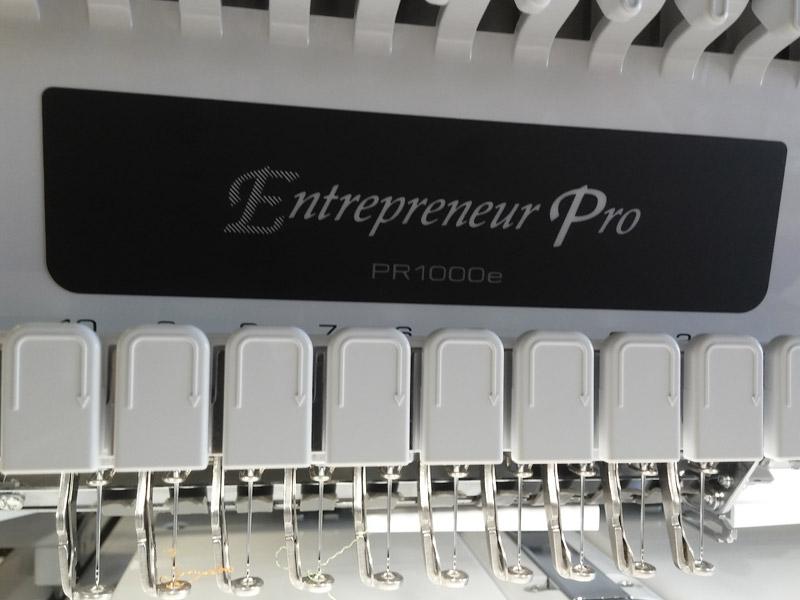 d3171788616cb7 Brother Entrepreneur Pro PR1000e Close-up